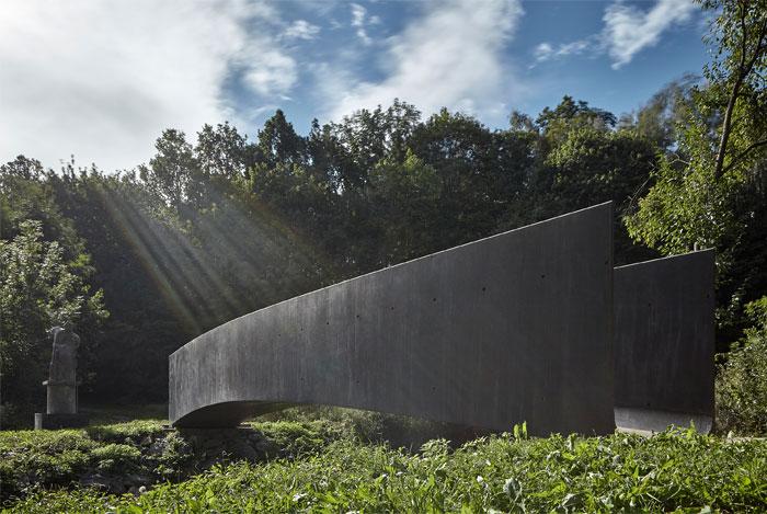 bridge made concrete aoc architects 2