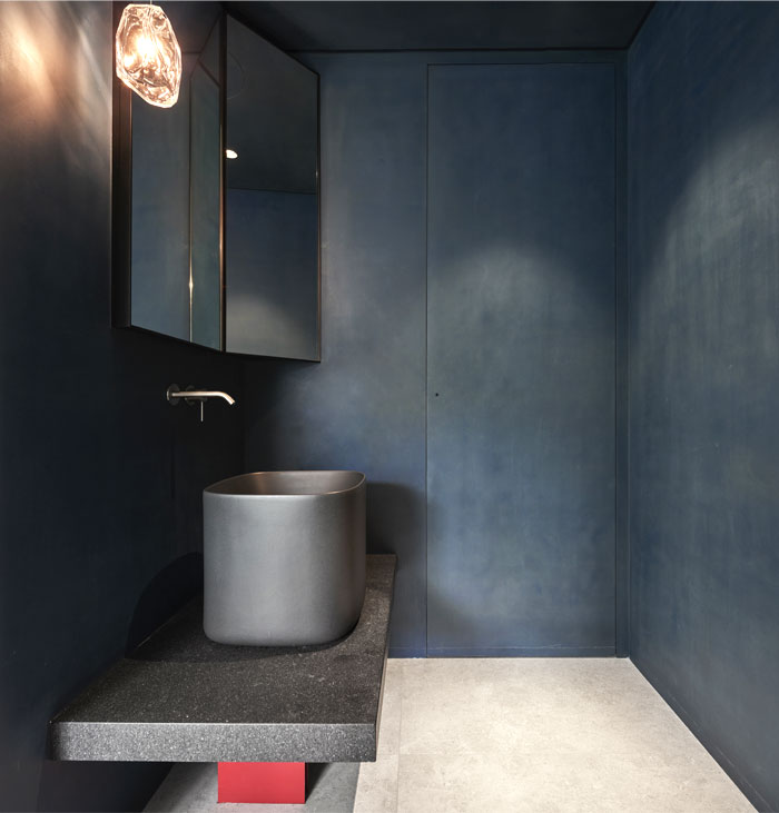 small scale apartment Waterfrom Design 16