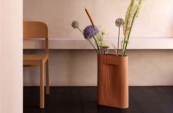 Terracotta Ridge Vase by Muuto