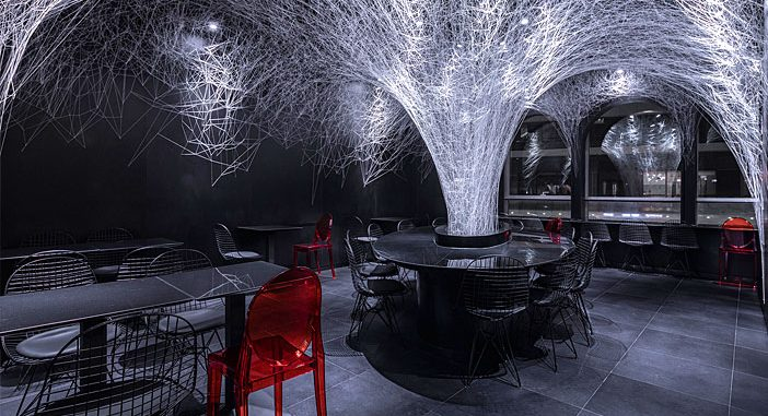 LED Lights Creates Spatial Effects in the Restaurant, Taking up Most of the Ceiling